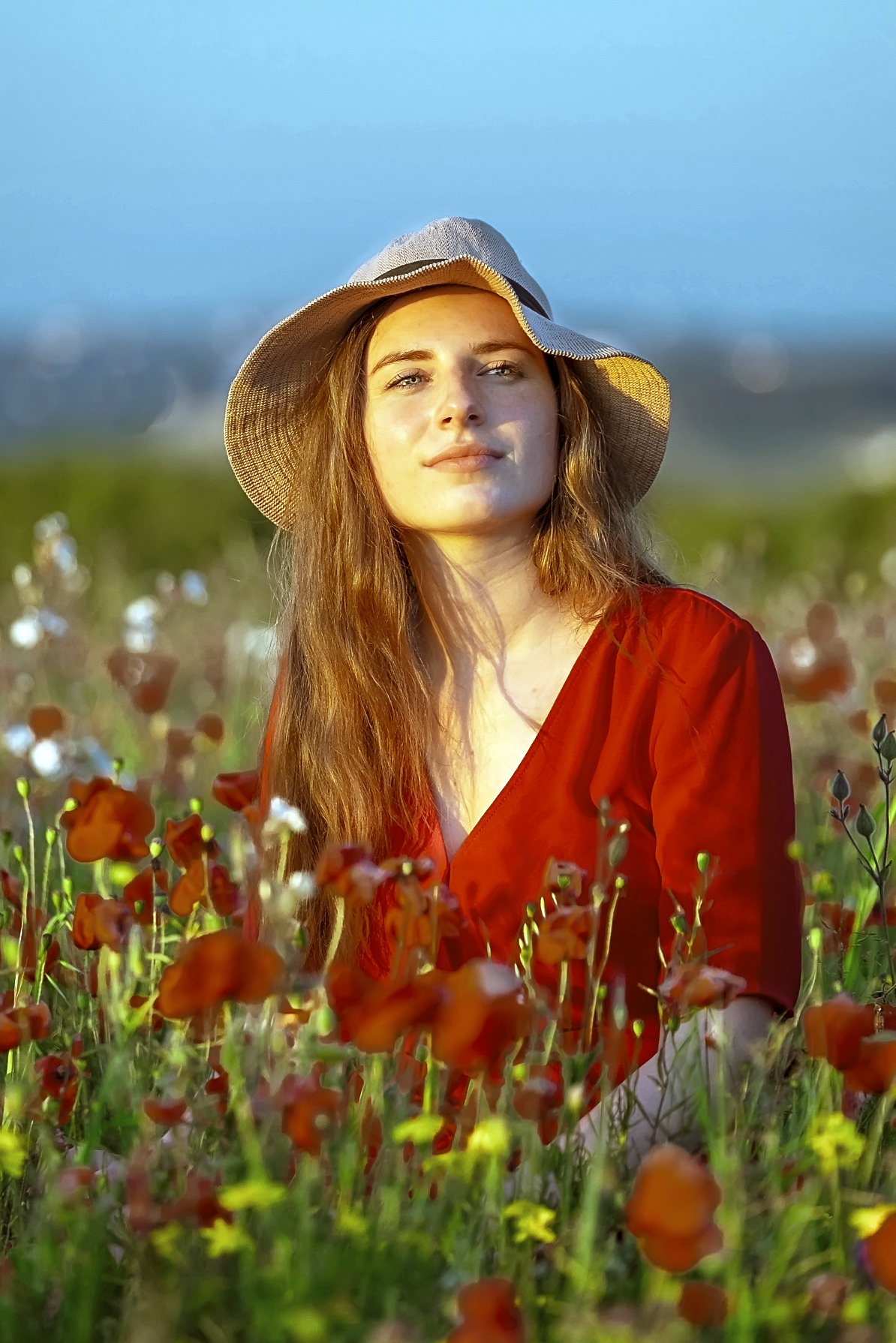 poppy field sun hat girl
