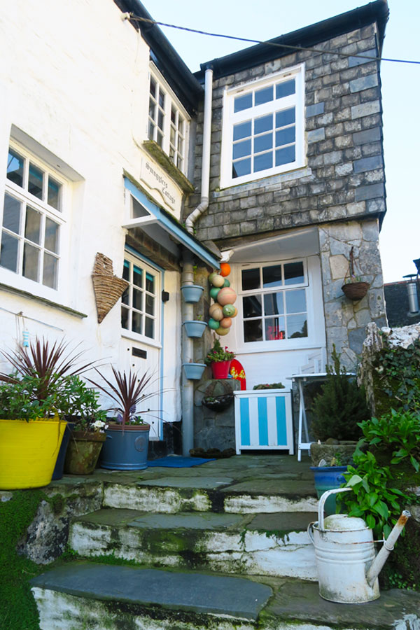 house in polperro in cornwall